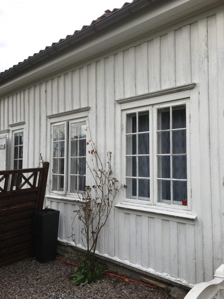 Hvitt i hvitt på bygningen har ingen tradisjon