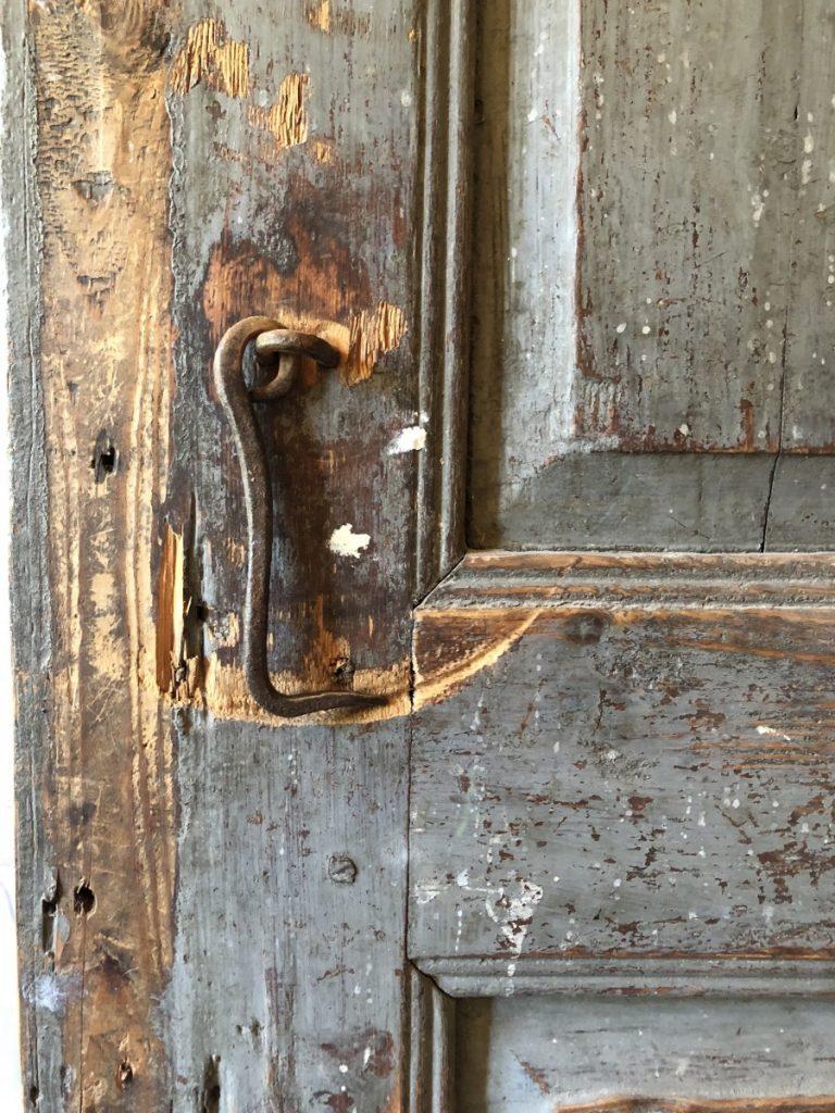 Gammel dørhaspe på Ånnerød